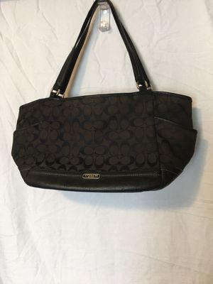 Coach signature C large purse for Sale in Sioux Falls, SD