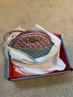 Gucci crossbody bag for Sale in Dublin, CA