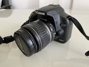 Canon EOS 550D - EF-S 18-55mm| Canon Bag and Batteries for Sale in Aventura, FL