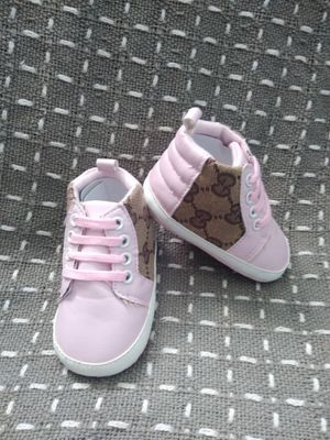 Girl shoes 9m for Sale in Los Angeles, CA