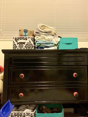 Baby crib and changing table for Sale in Orem, UT