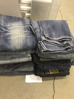Men's jeans for Sale in Pittsburgh, PA
