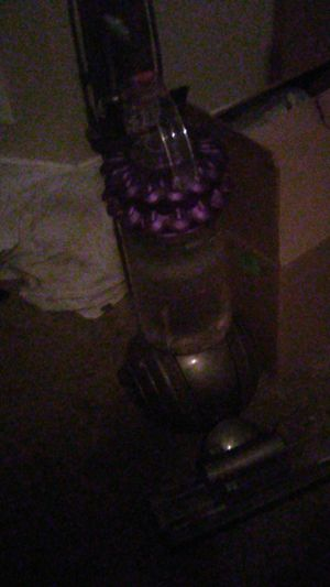 Dyson cinetic big ball vacuum for Sale in Galloway, OH