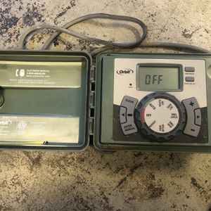 Orbit 4 Station Sprinkler Timer for Sale in Los Angeles, CA