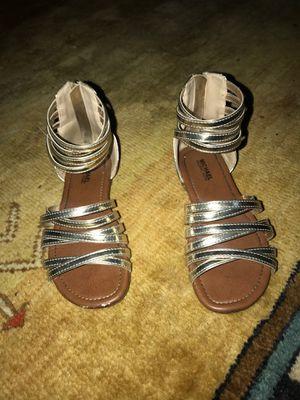 Gold Michael kors sandals for Sale in Nashville, TN
