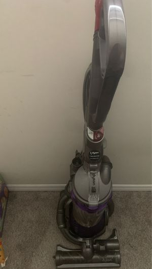 Dyson DC25 for Sale in Raleigh, NC