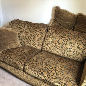 Couch and Loveseat for Sale in Beaverton, OR