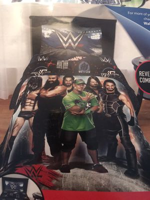 "BRAND NEW ""WWE"" REVERSIBLE 2-PC COMFORTER SET - TWIN/FULL for Sale in Largo, FL"