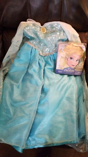 Elsa costume and wig set Frozen for Sale in Fontana, CA