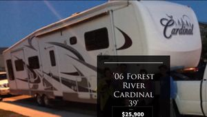 '06 Forest River Cardinal Fifth Wheel Trailer for Sale in Eugene, OR