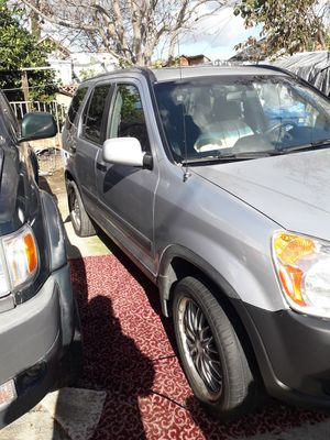 Honda crv 2004 for Sale in Los Angeles, CA