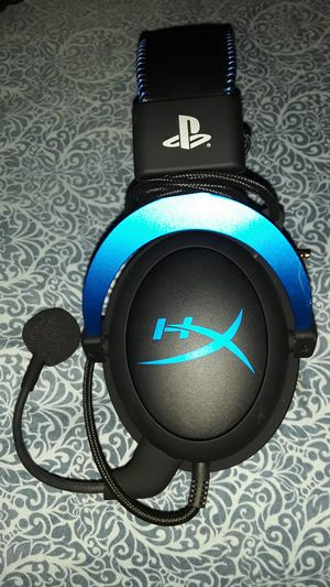 HYPER-X HEADSET ! (PS4) for Sale in San Diego, CA