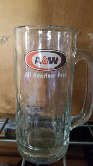Vintage A&W Glass 20oz Mugs. Collectable for Sale in Fircrest, WA