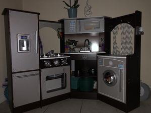 Kids kitchen for Sale in Miami Lakes, FL