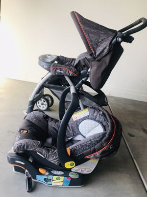 Chicco Cortina Baby car seat and stroller for Sale in Gilbert, AZ