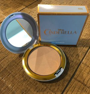 MAC Cosmetics Cinderella Limited Edition Beauty Powder for Sale in CTY OF CMMRCE, CA
