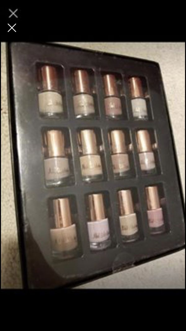 Set of nail polish