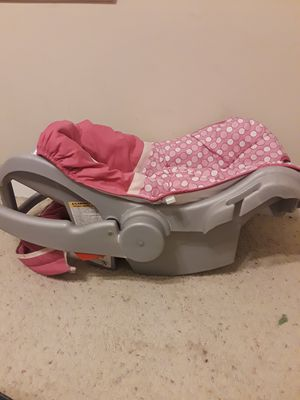 Infant girls carseat for Sale in TN, US