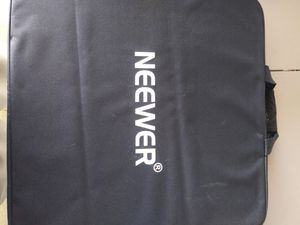 NEEWER FASHION RING LIGHT for Sale in Gardena, CA