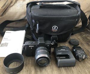 Nikon 1 V1 Mirrorless Camera w/ 30-110 lens & SB-N5 Speedlight for Sale in Milpitas, CA
