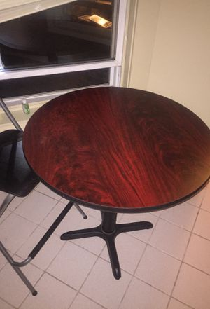 Round table for Sale in Worcester, MA