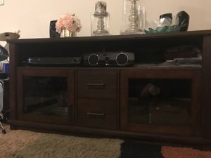Home decor or tv stand for Sale in Brooklyn, NY