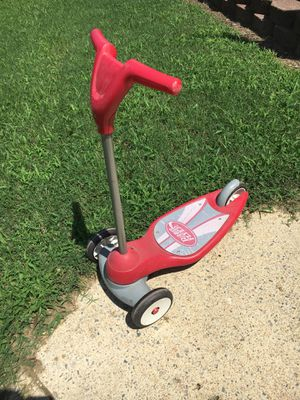 Red Radio Flyer Scooter for Sale in Raleigh, NC