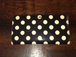Kate Spade ♠️ wallet for Sale in Mill Creek, WA