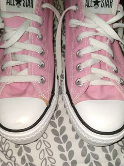 Pink Converse/Chuck Taylors for Sale in Oklahoma City,  OK