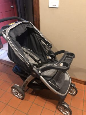 Chicco Bravo Travel System Stroller for Sale in Crete, IL