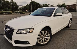 Clean Title 2010 Audi A4 2.0AWD quattro for Sale in Columbus, OH