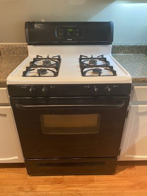Kenmore Gas Stove has matching EnergyStar Dishwasher (Make Offer if Interested) for Sale in Silver Spring, MD