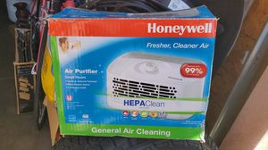 Air purifier for Sale in Cudahy, CA