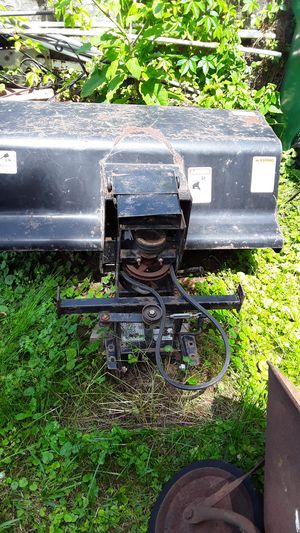 Rad Rd 47 sweeper mounts to walk-behind Exmark bobcat good condition for Sale in Bristol, PA