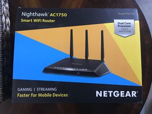 NETGEAR Nighthawk Smart WiFi Router (R6700) - AC1750 Wireless Speed (up to 1750 Mbps) | Up to 1500 sq ft Coverage & 25 Devices for Sale in Chandler, AZ