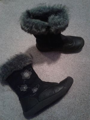 Black winter leather boots, size 13 toddler for Sale in Tacoma, WA