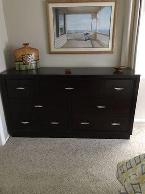 Broyhill Bedroom Furniture for Sale in Dunedin, FL