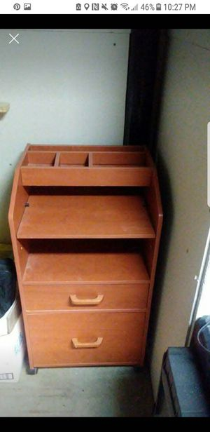 computer desk for Sale in Woodbury, NJ