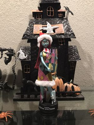 nightmare before christmas Figurine for Sale in Henderson, NV