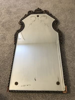 Antique wall mirror for Sale in Tampa, FL