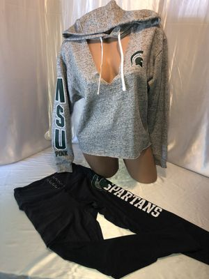 VS PINK Michigan state Spartans Hoodie & Pants Set for Sale in Shelby charter Township, MI