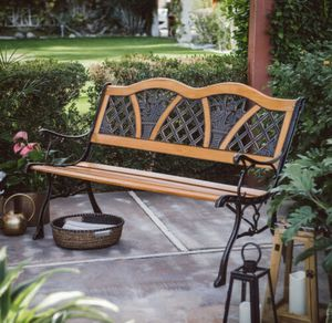Outdoor Mètal Bènch Curved Wooden For Garden Backyard Patio Park Yard Furniture Seàt for Sale in Henderson, NV