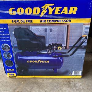 8 gallon air compressor for Sale in Arlington, TX