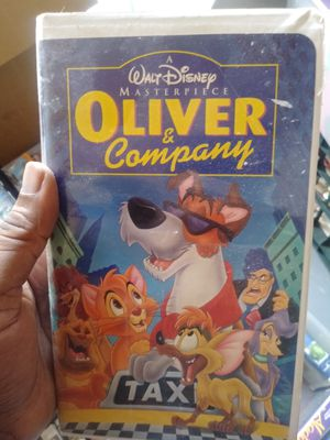 Oliver & Company VHS movie for Sale in Tampa, FL