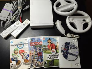 Modded White Nintendo Wii with controllers for Sale in Wilmington, MA