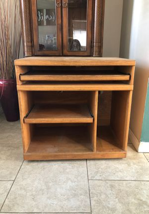 Wood desk for Sale in Bakersfield, CA