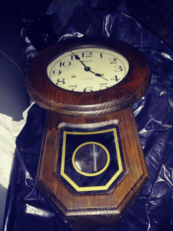 I'm selling my antique windup clock