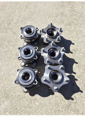 Nissan / Infiniti rear wheel bearings for Sale in Tampa, FL