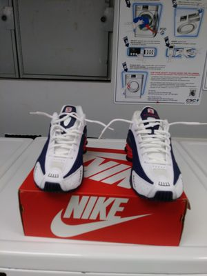 """Nike Shox R4 """" Usa"""" Size 10 DELIVERED!Buy 1 Get 1 50% Off for Sale in Springfield, MA"""