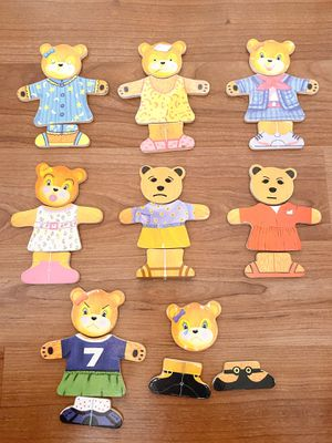 Melissa and Doug Bear Dress Up Kids game Mix and Match wodden pieces, learn about emotions kids toys for Sale in Surprise, AZ